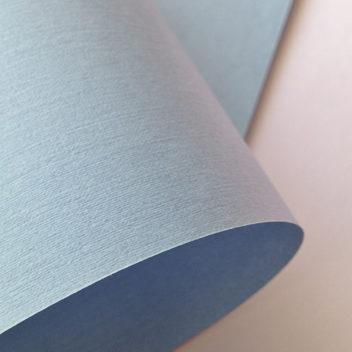 Бумага с тиснением Лён светло-голубая