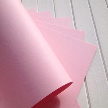 Матовый розовый кардсток