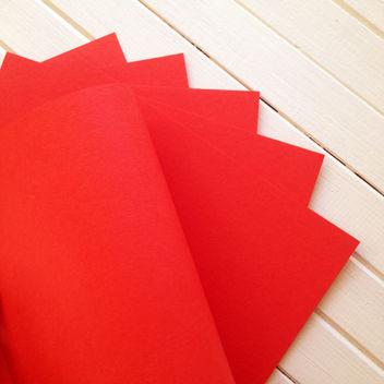 Матовый ало-красный кардсток