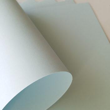 Кардсток пастельный бледно-голубой