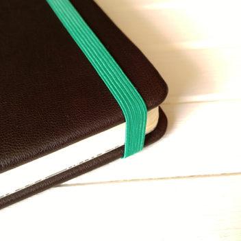 Резинка ярко-зеленая для блокнотов 8мм