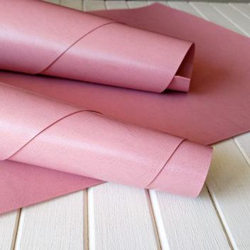 Глянцевый темно-розовый переплетный кожзам