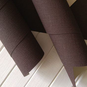 Переплетный бумажный материал Коричневый под холст 50х35см