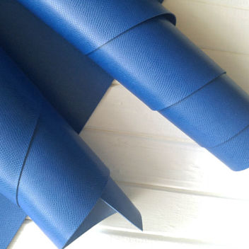 Синий кожзаменитель с тиснением Кожа змеи