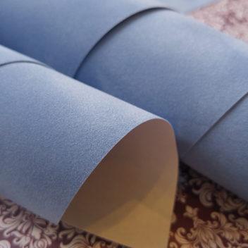 Бледно-голубая искусственная замша на бумажной основе 50х35см