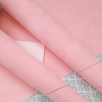 Розовая искусственная замша на бумажной основе 50х35см
