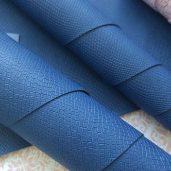 Синий кожзаменитель Питон