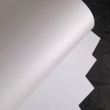 Металлизированный кардсток Белый