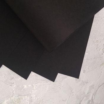 Базовая гладкая черная бумага