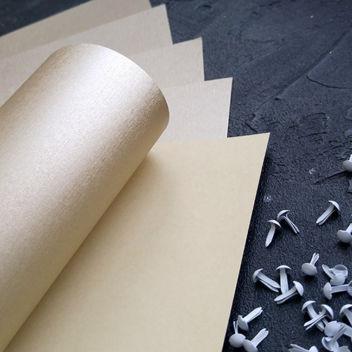 Бумага металлизированная с тиснением Шелк Золотая
