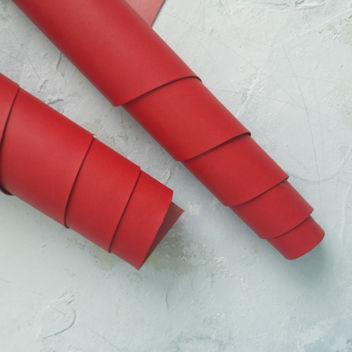 Красный переплетный кожзаменитель