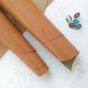 Глянцевый светло-коричневый переплетный кожзам