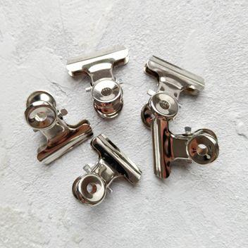 Металлические зажимы, серебро