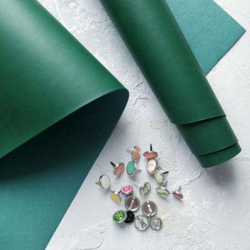 Зелёный переплетный кожзаменитель