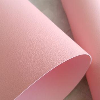 Розовый кожзаменитель с мелким тиснением под кожу