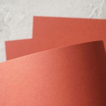 Очень плотный премиум-кардсток светло-красный