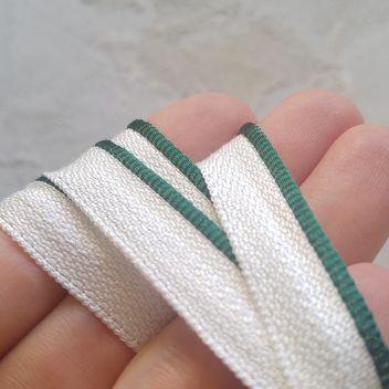 Каптал с глянцевой зеленой кромкой