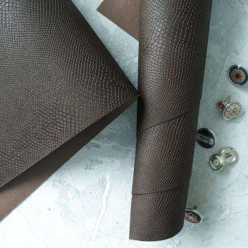 Тёмно-коричневый кожзаменитель Питон