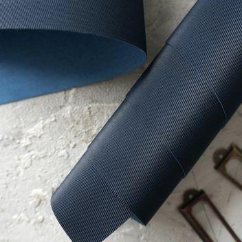 Джинсовый тёмно-синий кожзаменитель с тиснением Джинс