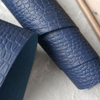 Тёмно-синий кожзаменитель Крокодил